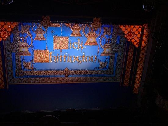 The New Wimbledon Theatre: photo0.jpg
