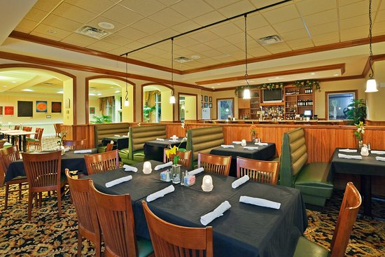 Holiday Inn Hotel & Conference Center: Valdosta, GA Family Dining in Azalea's Restaurant