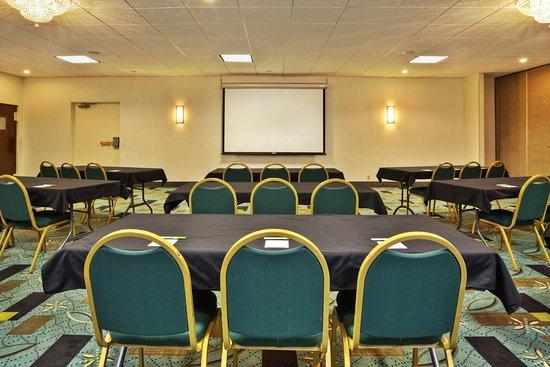 Holiday Inn Plattsburgh: Meeting Room
