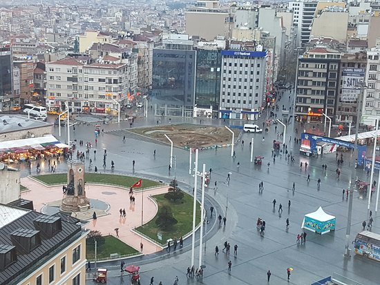 The Marmara Taksim: View From Marmara Taksim of TAKSIM SQUARE