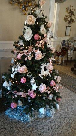 Hotel Savona: Albero di Natale.