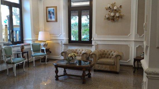 Hotel Savona: Particolare della Sala Hall.