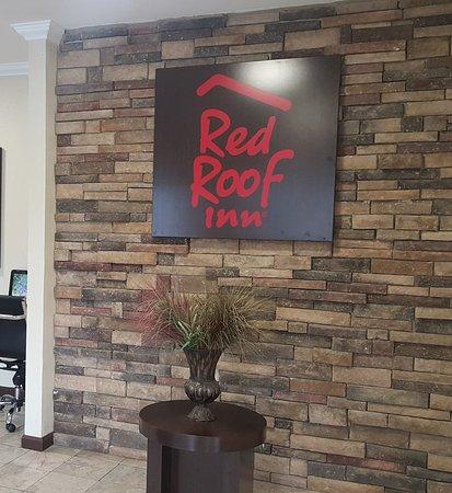 Red Roof Inn Arlington: Lobby