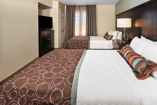 Staybridge Suites Glenview : One Bedroom Suite 2 dbl beds