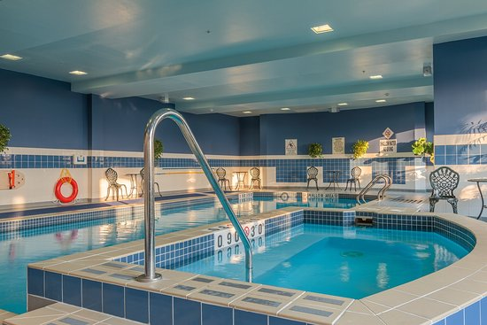 Swimming Pool Picture Of Holiday Inn Express Hotel Suites Belleville Belleville Tripadvisor