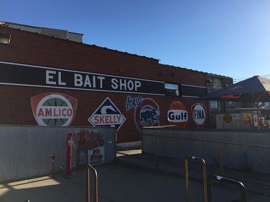 El Bait Shop In Des Moines IA Picture Of El Bait Shop Des - My flight to des moines