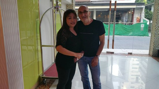 our guest with Ms Nok of Smart Suites