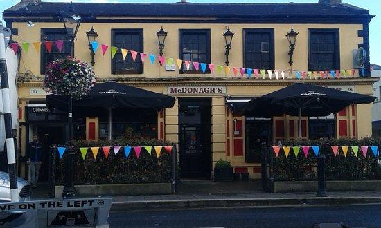 Mcdonaghs Bar and Lounge