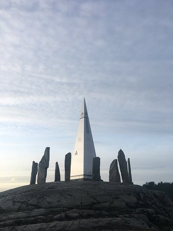 Jorpeland, Norway: Solspeilet - Norwegian-Stonehenge