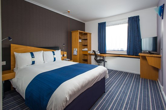 Photo of Holiday Inn Express London Wandsworth
