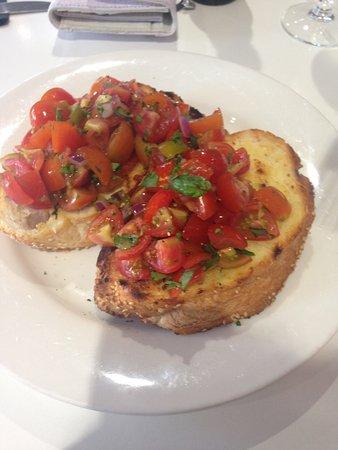 Joondalup City Hotel : Bruschetta - beautiful bread