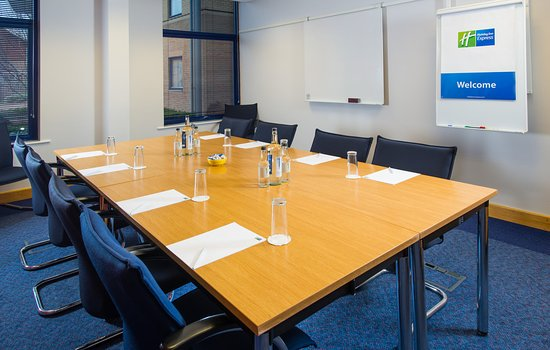 Holiday Inn Express Milton Keynes: Equipment hire is available at no extra cost