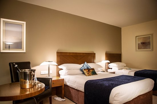 Ballyroe Heights Hotel: Double/Twin Bedroom