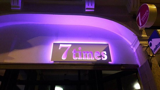 7 Times Live Music and Dance Club