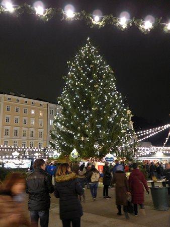 Salzburg Christmas Market.Salzburg Christmas Market Picture Of Christmas In Salzburg
