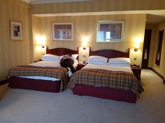Fitzpatrick Castle Hotel Dublin : Chambre Familiale (2 Adultes 2 Enfants  (les Enfants Ne