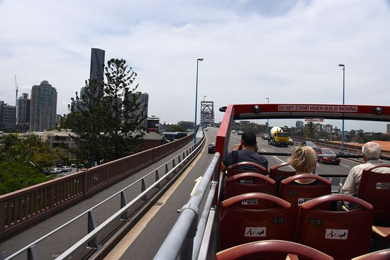 City Sights Hop On Hop Off-Day Bus Tours: Oberdeck Rote Linie