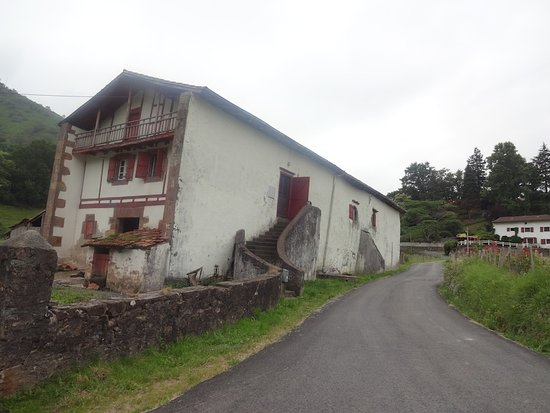 Saint-Martin-d'Arrossa, France: Saint-Martin d'Arrossa (Pyrénées-Atlantiques, Nouvelle-Aquitaine), France.