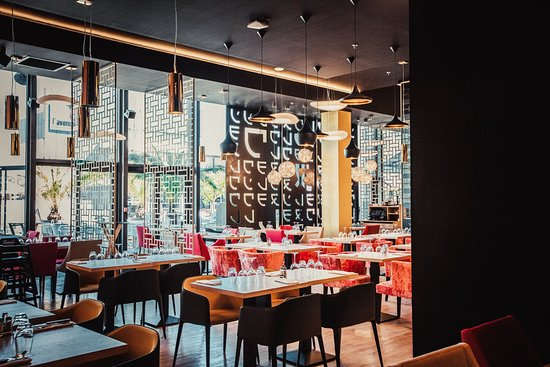 83 Restaurant De L'avenue Du Numéro Maotsumy Var La Avis Valette faY5xwq