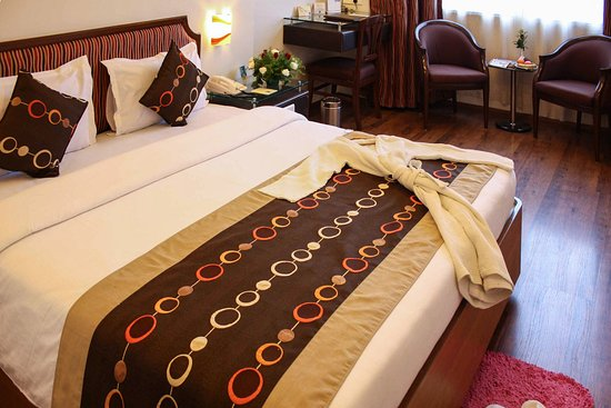 Hotel Quality Inn Residency.: IIGuestroom