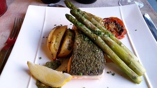 Restaurant Les Mazets des Roches: Lachs mit grünem Spargel