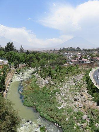 Puente Grau: Looking upstream towards Misti volcano
