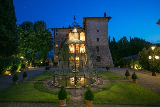 Pievescola, Italien: La Suvera By Night