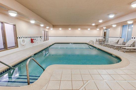 Holiday Inn Express Suites Bethlehem UPDATED 2017