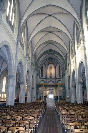 Église Saint Hippolyte