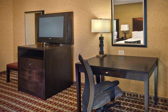 Holiday Inn Jacksonville E 295 Baymeadows: Double Guest Room Desk