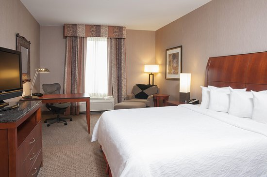 High Quality Hilton Garden Inn Columbus/Edinburgh: King Bed