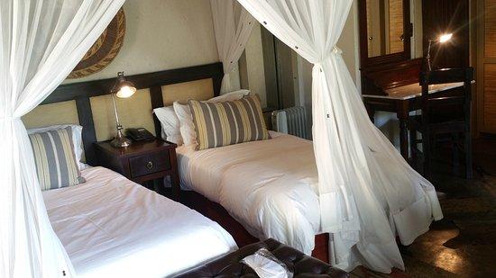 جوك سفاري لودج: Bedroom- stylisly decorated and fit for a celebrity