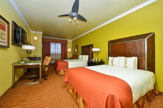 Holiday Inn Hotel & Suites McKinney - Fairview: Queen Bed Guest Room