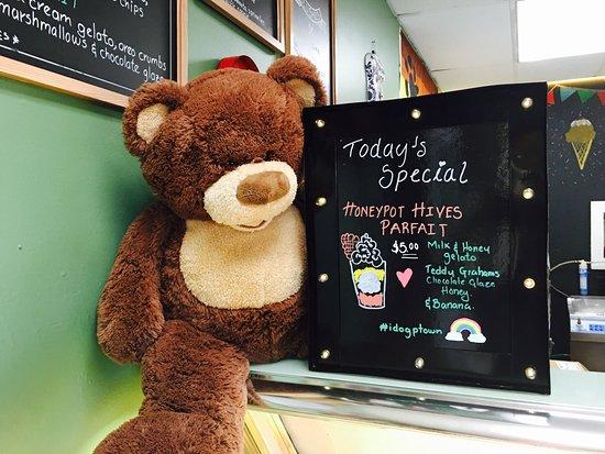 i dream of gelato: Bear special