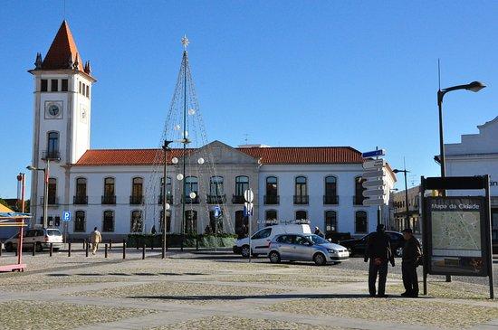 Antigo Paco dos Condes de Cantanhede e Marqueses de Marialva