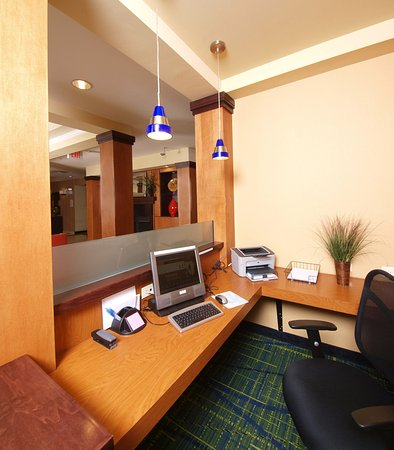 Cookeville, TN: Business Center
