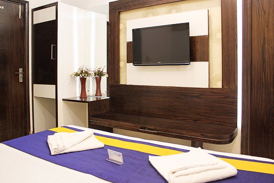 Hotel Golden Wings: Double Bed Room