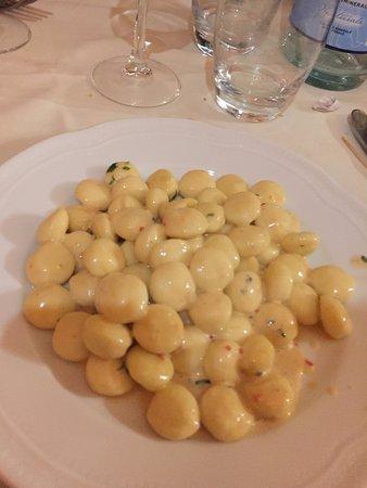Magione, Italien: Gnocchetti alla crema d'astice