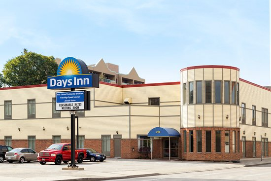 days inn hamilton ontario canada hotel reviews. Black Bedroom Furniture Sets. Home Design Ideas