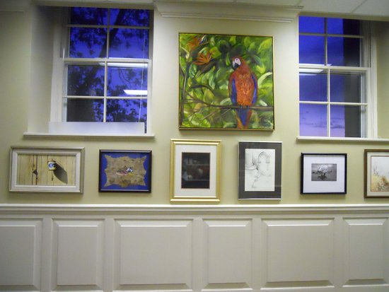 Dallas, GA: Artwork, gallery, studios, gift shop, and classrooms on 2nd floor of OLD courthouse building