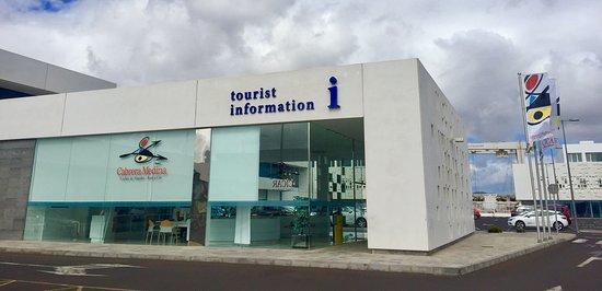 oficina de turismo en marina lanzarote picture of marina