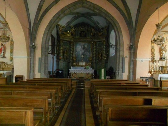Sauze d'Oulx, Italy: Interno chiesa