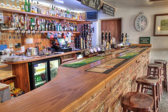 The Kilcot Inn: Bar area