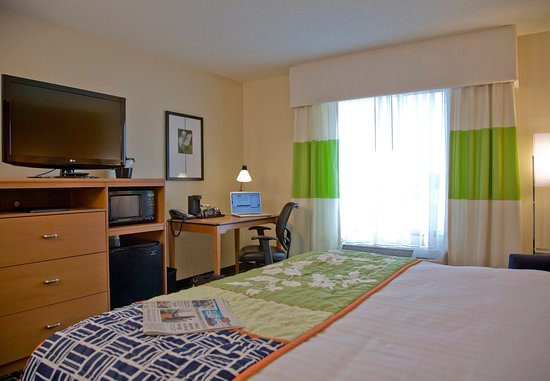 Commerce, GA: King Guest Room