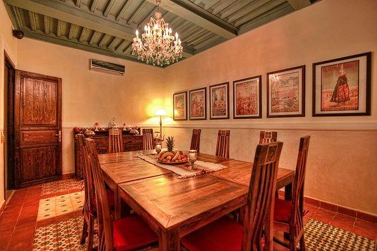 Riad le Clos des Arts: Dining room