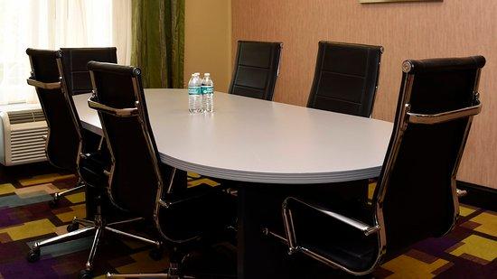 Zachary, Luizjana: Meeting Room