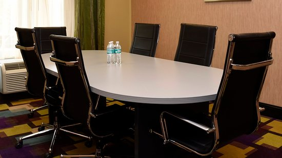 Zachary, LA: Meeting Room