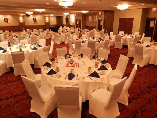 Kulpsville, PA: Elements Ballroom