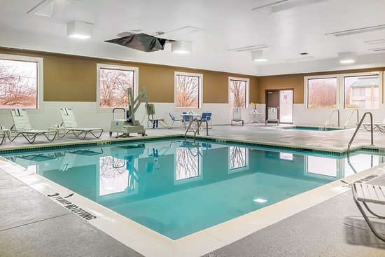 Milesburg, PA: Pool