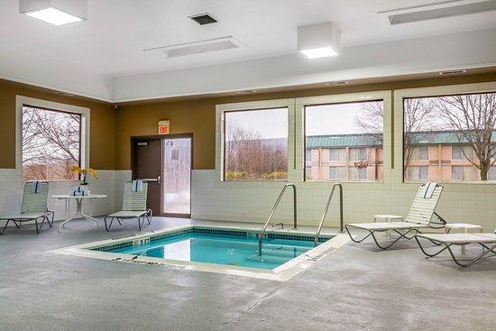 Milesburg, Pensilvania: Pool